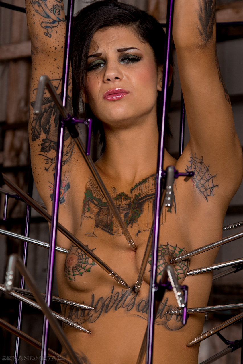 Close Up Of Bonnie Rotten Being Tortured In The Se And Metal Birdcage